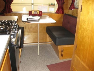 1958 Pleasure Craft Dinette 2