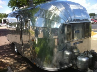 1954 Airstream Safari Front