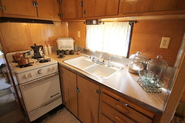 1953 Vagabond 262 Kitchen 2