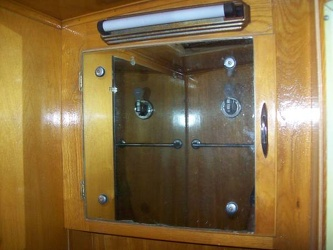 1952 Imperial Spartanette Bathroom