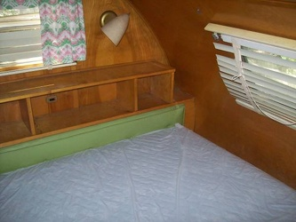1952 Imperial Spartanette Bedroom