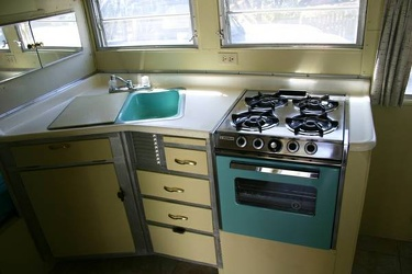1965 Streamline Duke Kitchen 2