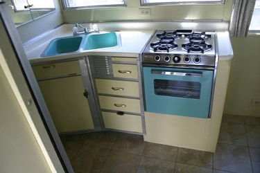 1965 Streamline Duke Kitchen 3