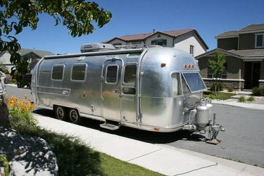 1977 Airstream Overlander Passenger Side