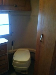 1969 Avion Bathroom 3