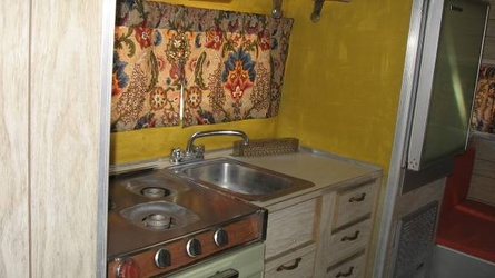 1968 Aristocrat Lo-Liner Kitchen 3