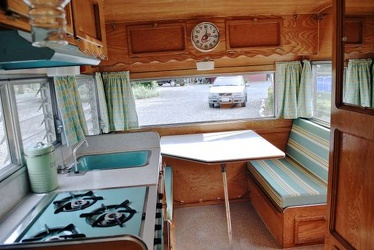 1968 Cardinal Deluxe Dinette