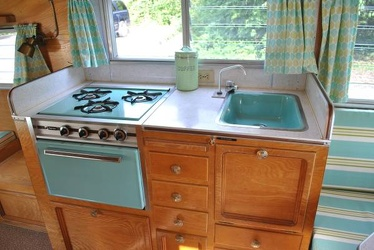 1968 Cardinal Deluxe Kitchen 2