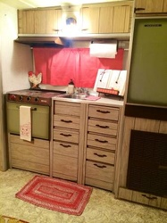 1968 Aristocrat Lo-Liner Kitchen 2